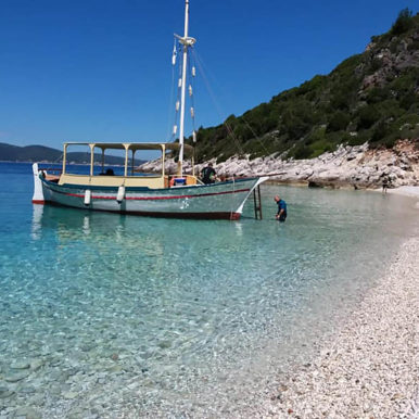 our-vessel-ionian-discoveries (4)