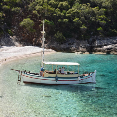 our-vessel-ionian-discoveries (6)